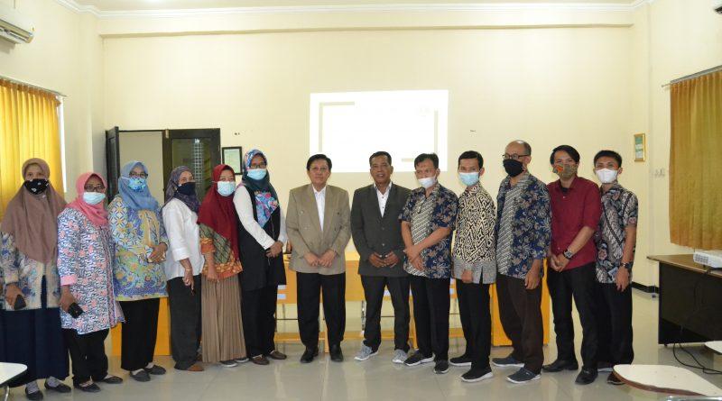 Penandatanganan MoU Institut Teknologi Bisnis AAS Indonesia dengan Universitas Ciputra Surabaya